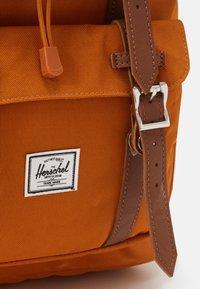 Herschel - LITTLE AMERICA - Rucksack - pumpkin spice - 3