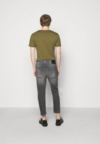DRYKORN - BIT - Jeans Tapered Fit - grey - 2