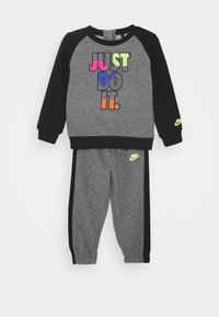 Nike Sportswear - CREW SET - Tracksuit - carbon heather - 0