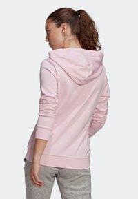 adidas Performance - ESSENTIALS RELAXED LOGO HOODIE - Felpa con cappuccio - pink - 1