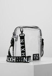 HXTN Supply - PRIME PATROL - Across body bag - optic clear - 0