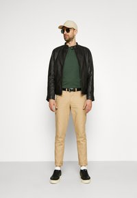 Selected Homme - SLHICONIC RACER - Leather jacket - black - 3