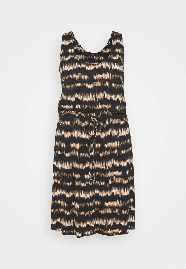 SHORT DRESS - Vestito di maglina - brown