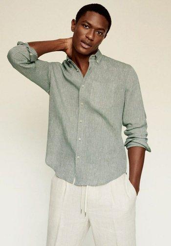 SLIM FIT - Camicia - khaki