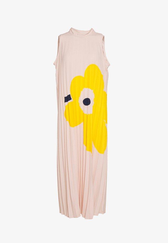 TAITOS DRESS - Vapaa-ajan mekko - yellow/beige