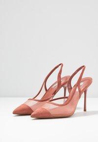 Topshop - FATE COURT SHOE - Zapatos altos - nude - 4