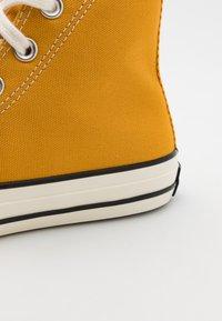 Converse - CTAS 70S UNISEX - Zapatillas altas - sunflower - 5