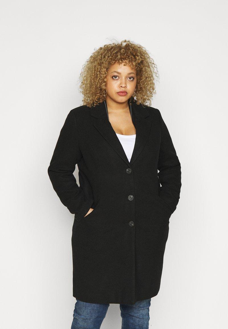 Vero Moda Curve - VMCALACINDY JACKET - Classic coat - black