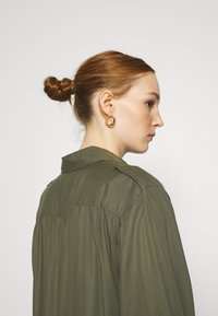 Lee - UTILITY  - Button-down blouse - olive green - 3