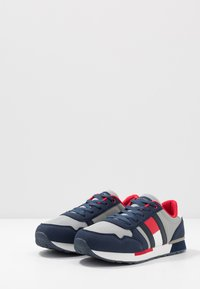 Tommy Hilfiger - Sneakers laag - blue/grey - 3