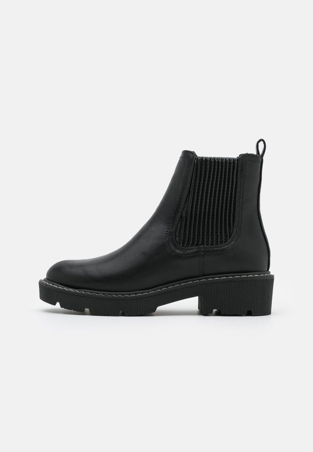 CARLITO RIBBED CHUNKY CHELSEA - Platform ankle boots - black