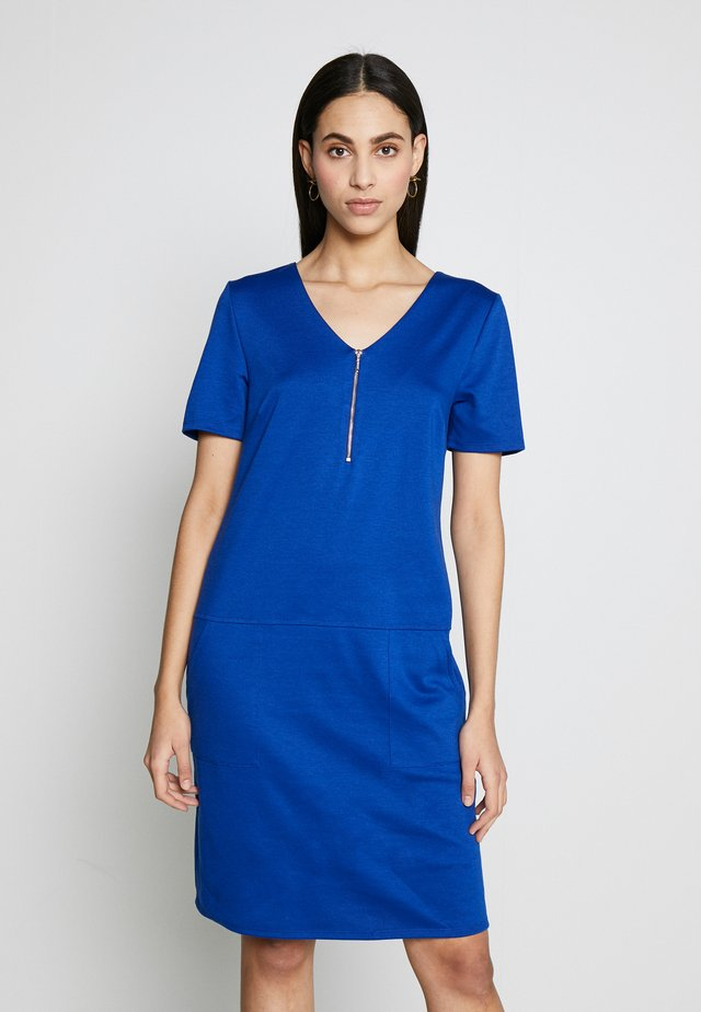 EXPOSED ZIP PONTE DRESS - Kjole - blue