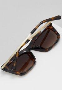 Michael Kors - STOWE - Sunglasses - dark tort - 4