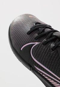 Nike Performance - MERCURIAL JR VAPOR 13 ACADEMY IC UNISEX - Halové fotbalové kopačky - black - 2