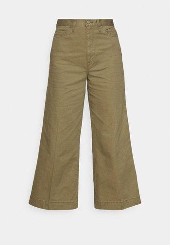 CROPPED FLAT FRONT - Pantaloni - basic olive