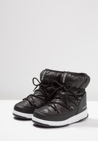 Moon Boot - GIRL LOW WP - Lace-up ankle boots - black - 3