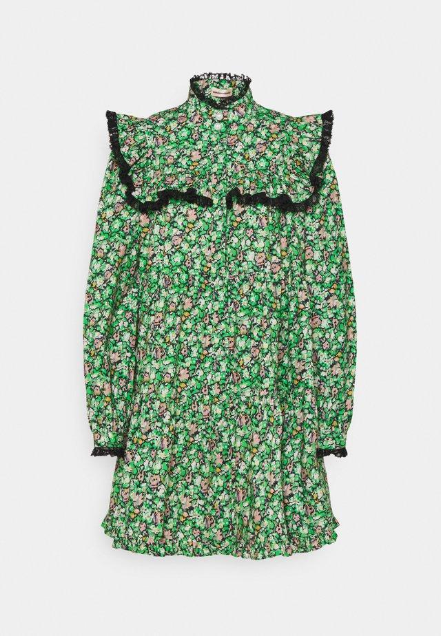 LUNA - Day dress - classic green