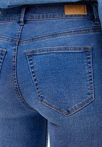 PULL&BEAR - MIT HALBHOHEM BUND - Jeans Skinny Fit - dark blue - 4
