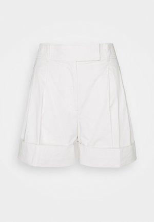 CHINO - Shorts - ecru