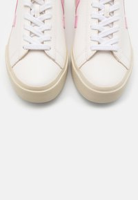 Veja - CAMPO - Sneaker low - extra white/guimauve/marsala - 5