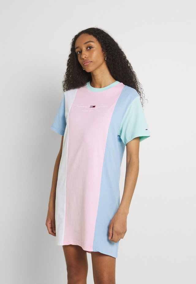 COLOR BLOCK TEE DRESS - Jerseyjurk - romantic pink