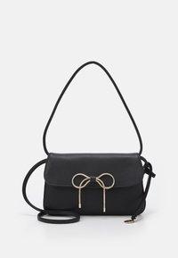 Red V - SHOULDER BAG - Handbag - nero - 1