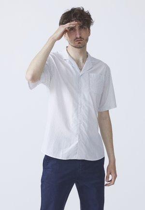 HUGO CUBA - Overhemd - off-white
