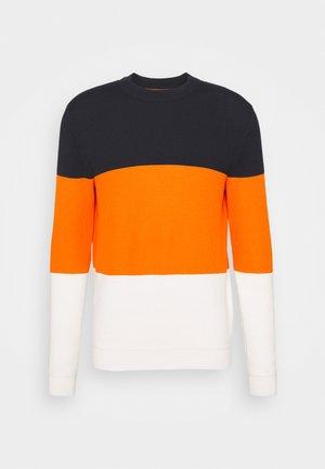 Jumper - bright orange