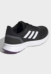 adidas Performance - NOVA FLOW SHOES - Löparskor stabilitet - black - 4
