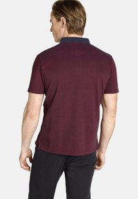 Charles Colby - EARL FANCES - Polo shirt - dark red - 1