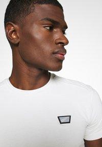 Antony Morato - SUPER SLIM FIT - Basic T-shirt - ice - 5
