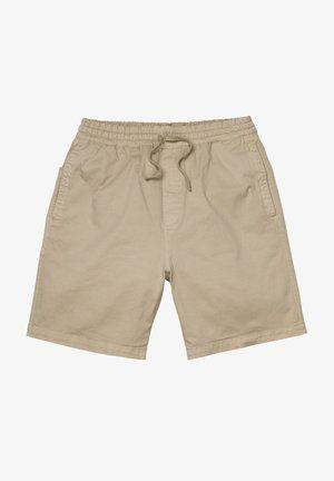 Shorts - wall