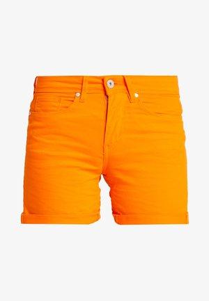 BSBANNON BRIGHT - Jeansshorts - vibrant orange