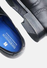 SHOEPASSION - NO. 5618 BL - Smart lace-ups - black - 5