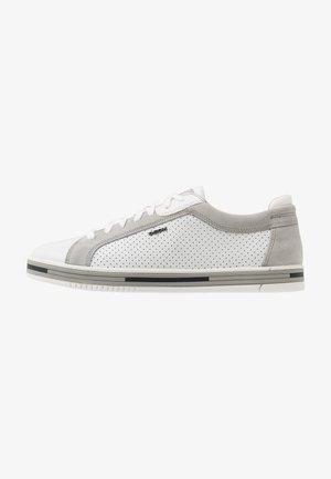 EOLO - Zapatillas - white/light grey