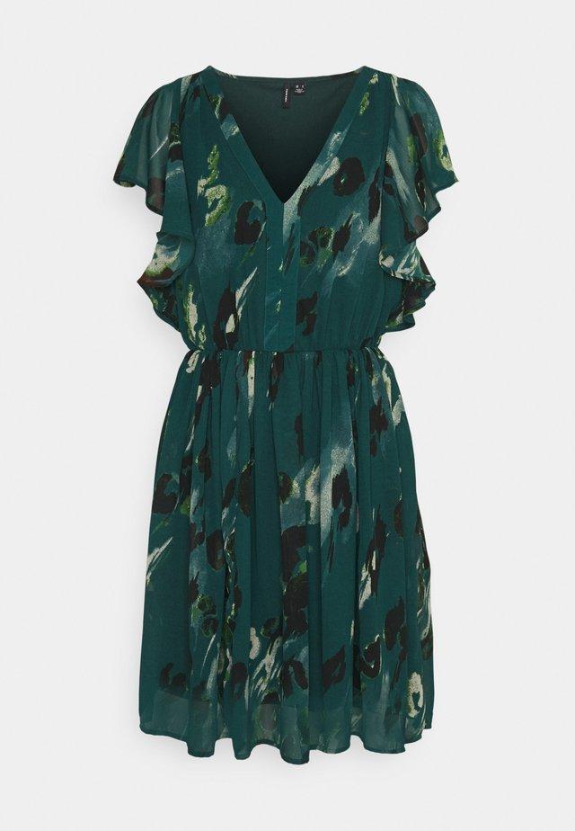 VMSASHA CAP SLEEVE DRESS - Robe d'été - sea moss