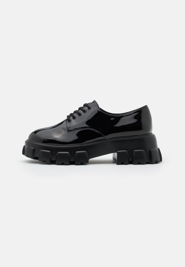 BITE IT DERBY - Derbies - black