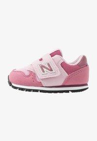 New Balance - IV373KP - Sneakers - madder rose - 1