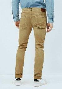 Pepe Jeans - STANLEY - Jeansy Slim Fit - malt - 2