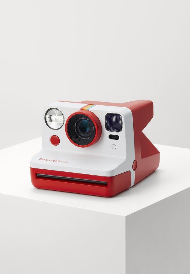 NOW - Macchina fotografica - red