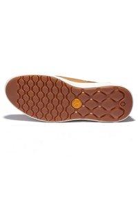 Timberland - BRADSTREET ULTRA BOAT - Boat shoes - cognac - 1