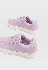 Stradivarius - Sneakers laag - purple - 4