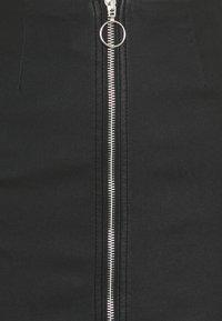 Pieces - PCROXY ZIP SKIRT - Pencil skirt - carry over - 2