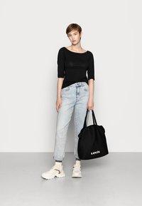 Even&Odd - 2 PACK - Langærmede T-shirts - white/black - 0