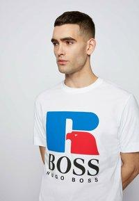 BOSS - Print T-shirt - white - 3