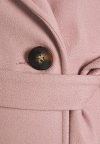 Dorothy Perkins Maternity - SHORT BELTED WRAP COAT - Winter coat - pink - 2