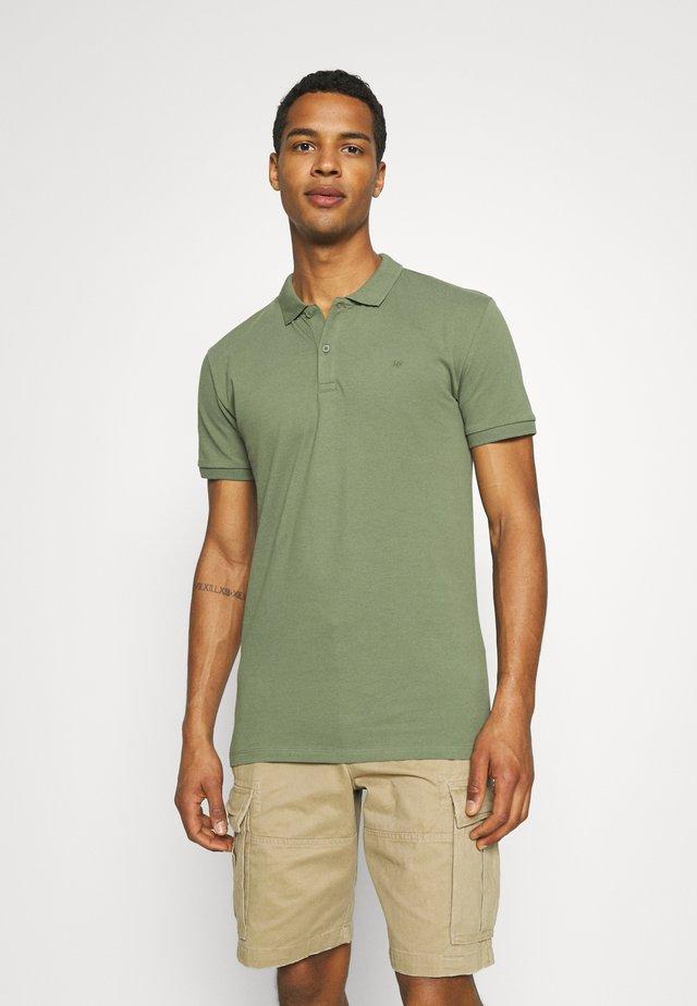 ZANE - Poloshirt - olivine
