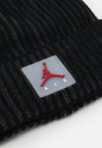 Jordan - AIR PATCH TWO TONE BEANIE - Mütze - black - 2