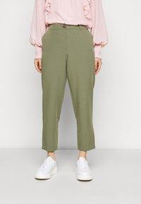 Dorothy Perkins Petite - PETITES ELASTIC BACK NAPLES ANKLE GRAZER - Trousers - khaki - 0