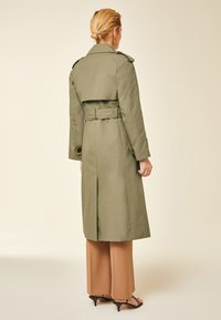 IVY & OAK - IVY & OAK - Trenchcoat - sage green - 2